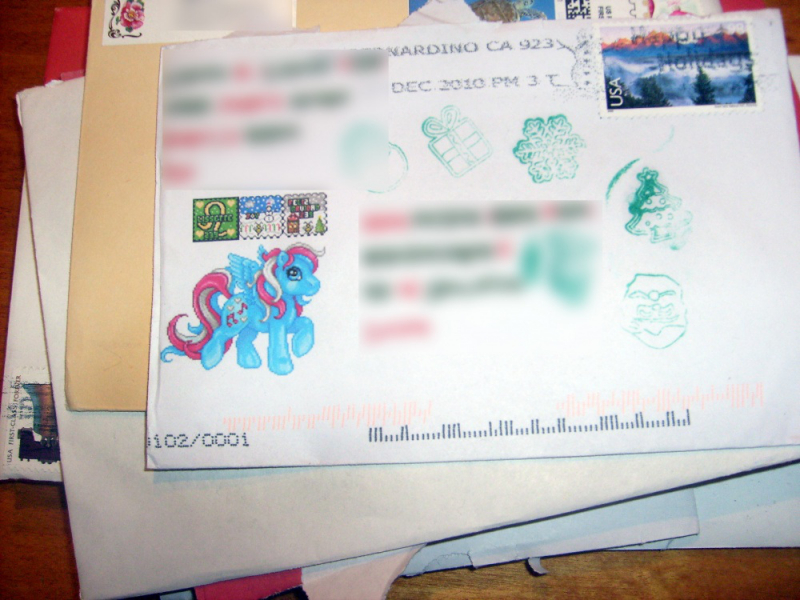 Imaginary Karin - Christmas 2011 pony envelope
