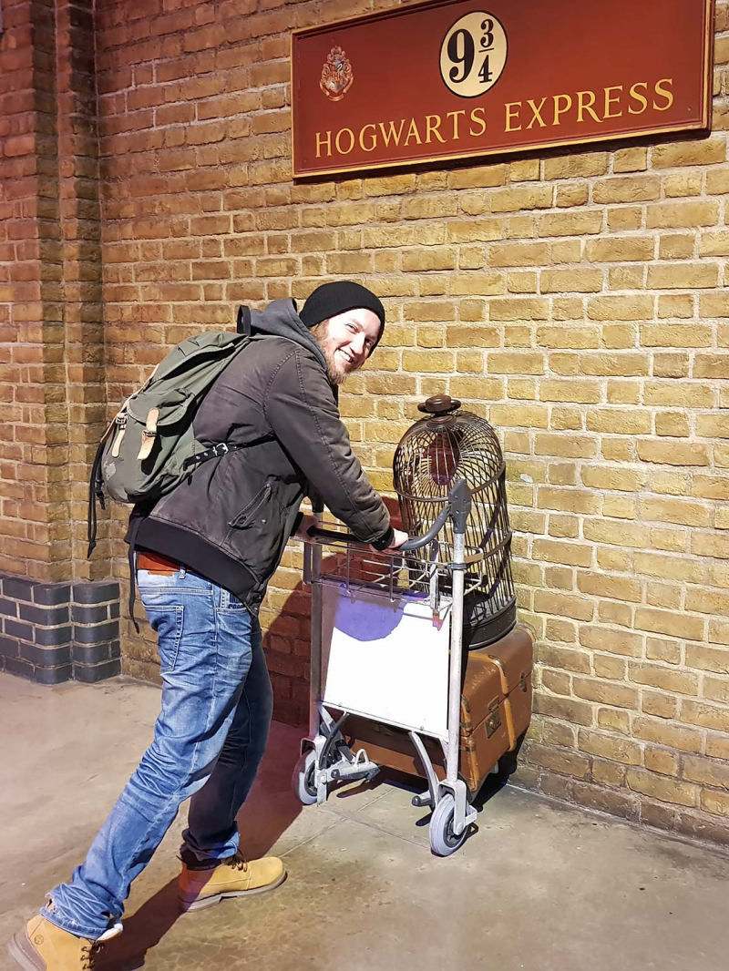 Platform 9 3/4 at Harry Potter Studio Tour