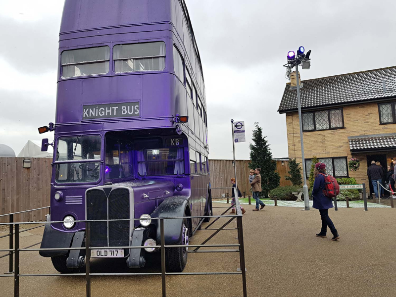 Knight bus and Privet Drive at Harry Potter Studio Tours