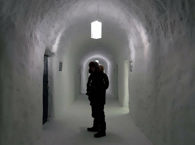 Inside a corridor at Icehotel