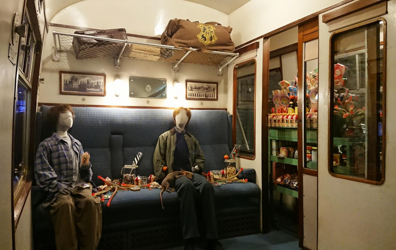 Inside the Hogwarts Express at Harry Potter Studio Tours